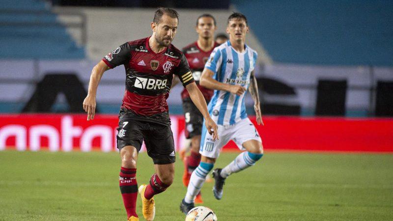 Flamengo encara Racing por vaga nas quartas da Libertadores