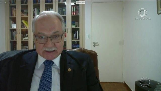 """""""As conquistas do Estado de Direito Democrático e da legalidade constitucional estão ameaçadas"""", diz Fachin"""