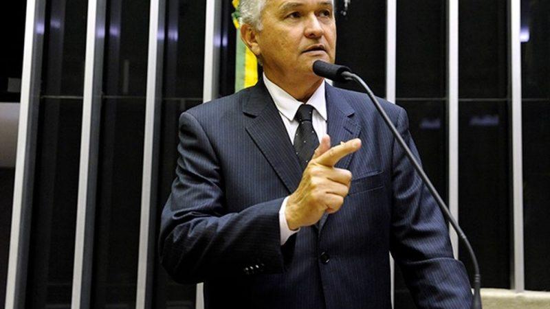 General Girão coordena fórum para discutir melhorias para ajudar famílias do Semiárido