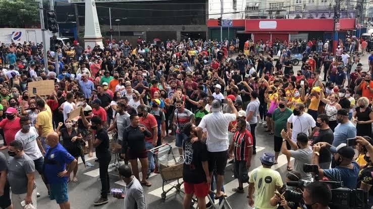 Movimentos contra fechamento do comércio e restrições aos cidadãos podem causar protestos por todo o Brasil