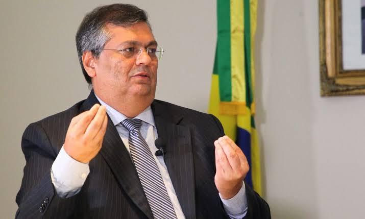 Flávio Dino aciona STF contra Bolsonaro