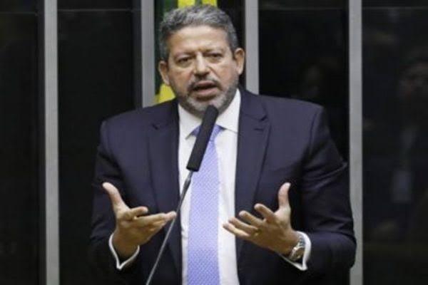 Mais um: PTB decide apoiar Arthur Lira à presidência da Câmara