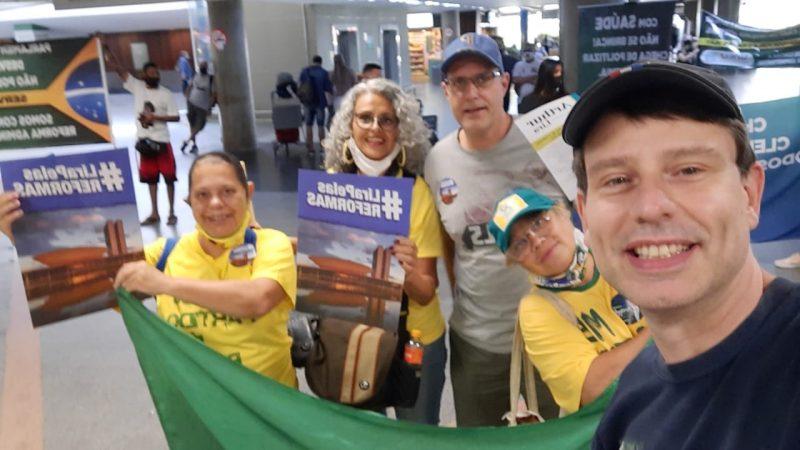 """O Brasil vai """"parar"""" pra assistir a votação para presidência da Câmara dos Deputados nessa segunda (01)"""