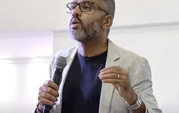 Pastor é assassinado com 6 tiros na porta de casa após culto