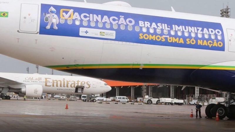 Avião que aguarda autorização para ir buscar vacinas vai levar cilindros de oxigênio a Manaus