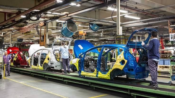 Ford chama ex-funcionários para produzir peças de reposição