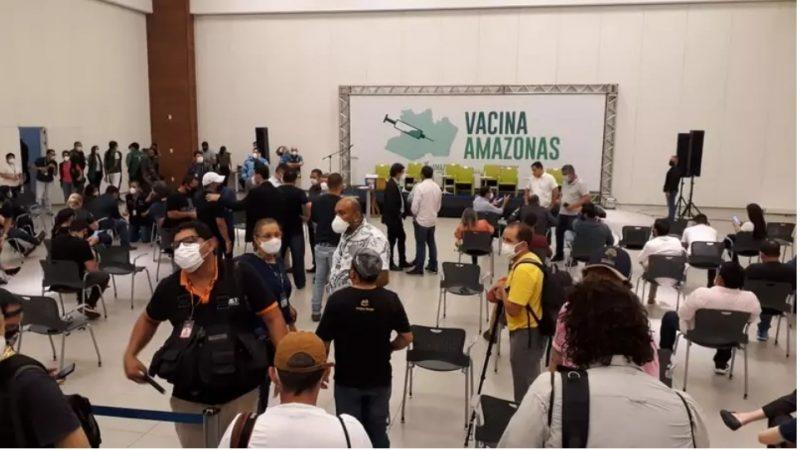 Justiça estabelece multa de R$ 100 mil caso Manaus não divulgue vacinados