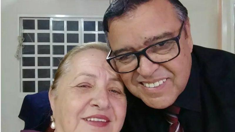 Justiça afasta secretário da Saúde que vacinou a própria esposa em Goiás