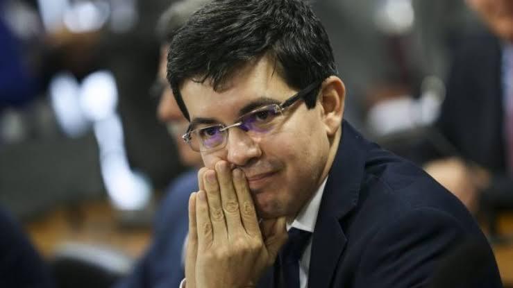 URGENTE: Partido REDE tenta criar crise institucional e pede ao STF para afastar Ministro da Saúde