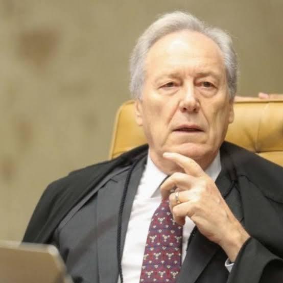 STF errou ao deixar combate do covid nas mãos de prefeitos e governadores
