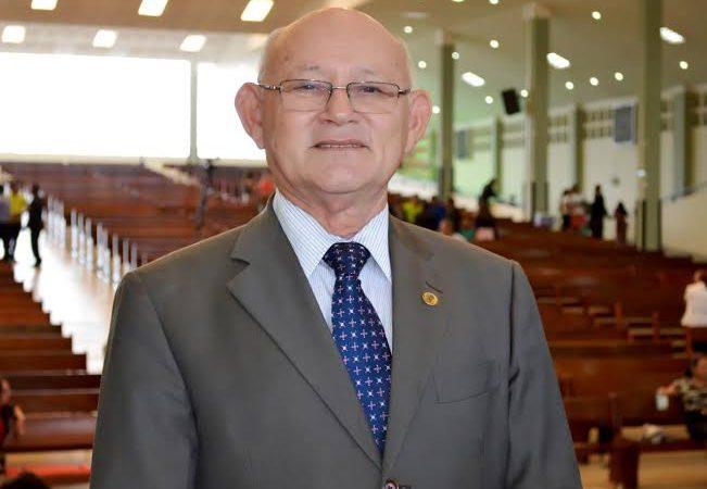 Prefeito Allyson de Mossoró/RN demite diretora Evangélica do colégio Evangélico cedido ao município e revolta a comunidade cristã
