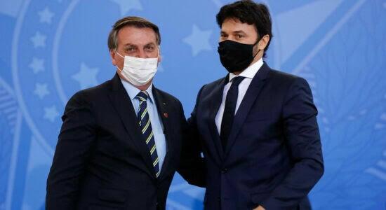 Ministro Fábio Faria repudia Twitter do Blogueiro Noblat que sugeriu suicídio de Bolsonaro