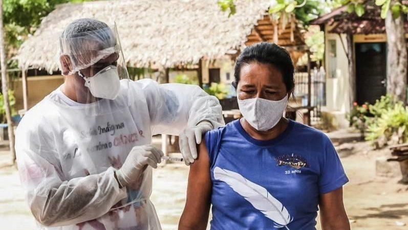 Brasil já vacinou mais de 2 milhões de pessoas contra a Covid-19
