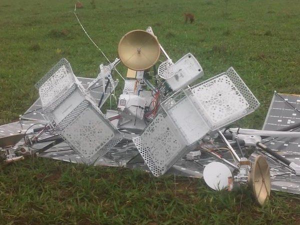 Suposto balão satélite do Google responsável por levar internet cai em propriedade rural de MS