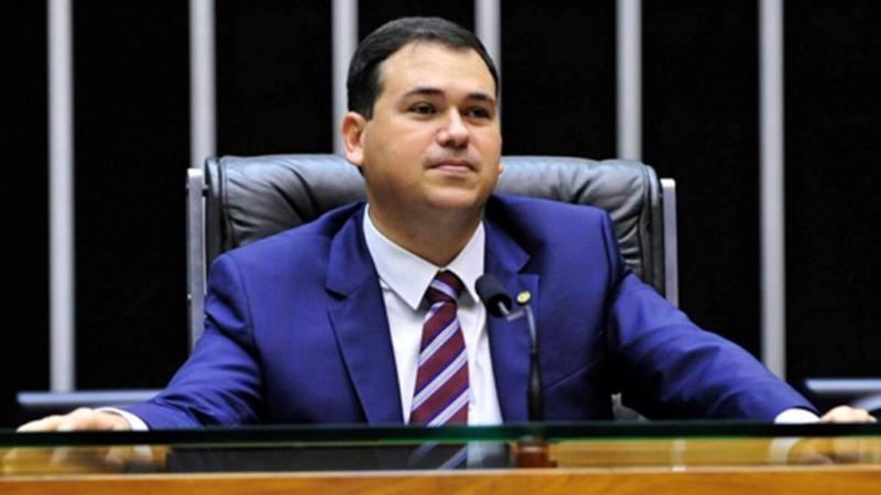 Beto Rosado ignora diplomação de Mineiro e diz que está pronto para votar amanhã em Arthur Lira