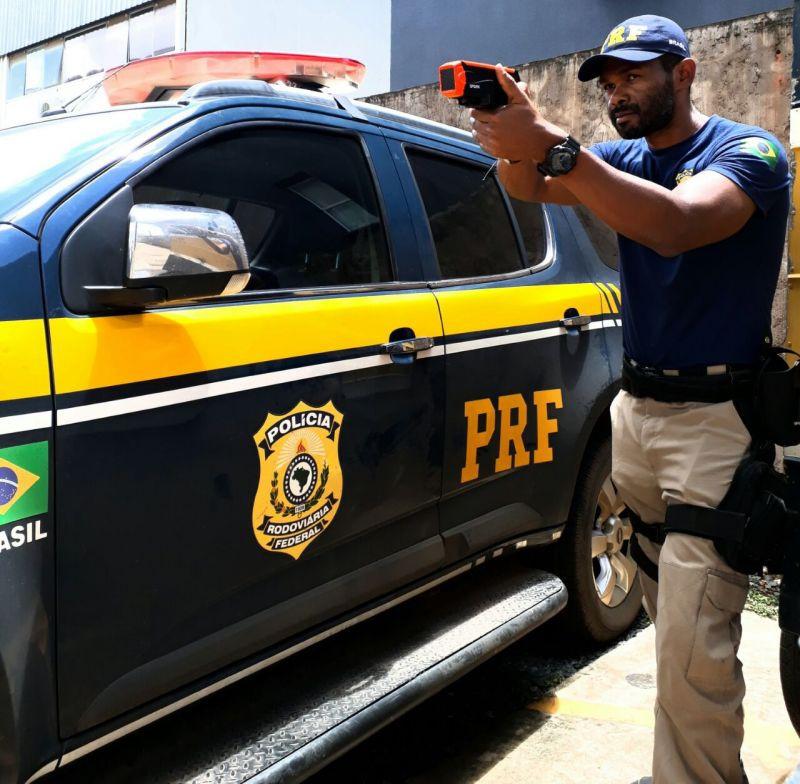 Polícia Rodoviária Federal publica edital para 1.500 vagas; veja detalhes