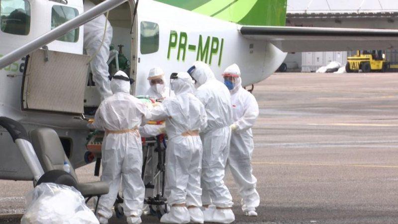 Marinha entrega respiradores em Manaus