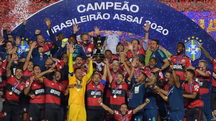 Perdeu, mas ganhou: Flamengo é derrotado pelo São Paulo, mas é campeão brasileiro de 2020