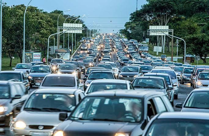 'Esquerda progressista' da Argentina impõe curso de gênero para motoristas tirarem habilitação