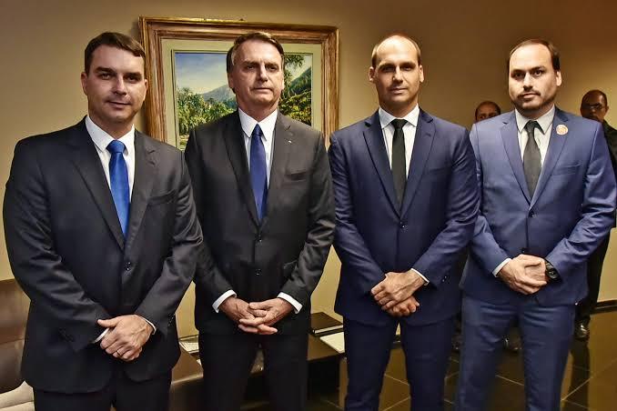 BOMBA: MP e Coaf foram os responsáveis por vazar dados da família Bolsonaro