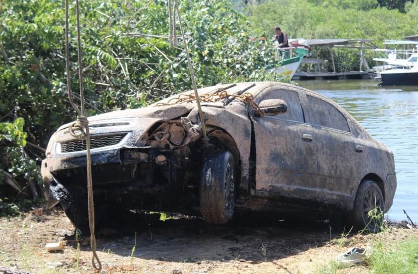 Corpo de empresário desaparecido é encontrado dentro de carro submerso em rio de SC