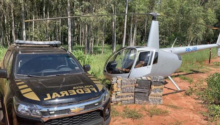 PF apreende helicóptero carregado com mais de 200 kg de cocaína em Maringá