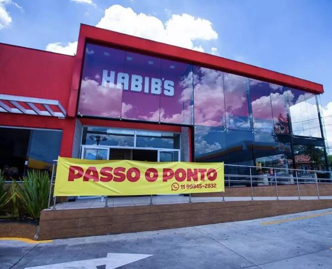 Falência? Habib's põe faixas de 'Passo o ponto' e clientes questionam se lojas vão fechar