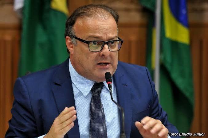 Reviravolta: Paulinho Freire vai concorrer à FECAM sub judice