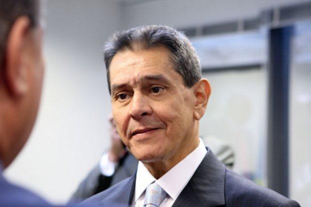 """ONG da imprensa de esquerda faz campanha com foto montagem de Bolsonaro nu e Roberto Jefferson dispara; """"campanha contra desinformação que usa foto fake"""""""