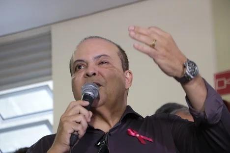 """Governador do DF se """"arrepende"""" de lockdown mais duro e edita decreto mais flexível"""