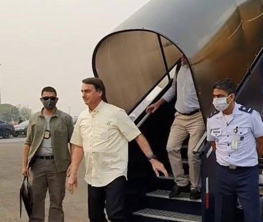 """O presidente Bolsonaro poderá fiscalizar pessoalmente hospitais de campanha e UTI's nos estados e municípios; """"há relatos que governadores e prefeitos fecharam leitos mesmo com ajuda bilionária do governo federal"""""""