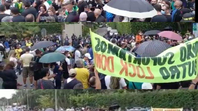 Em frente à casa do governador, milhares de manifestantes pedem fim do lockdown em Brasília