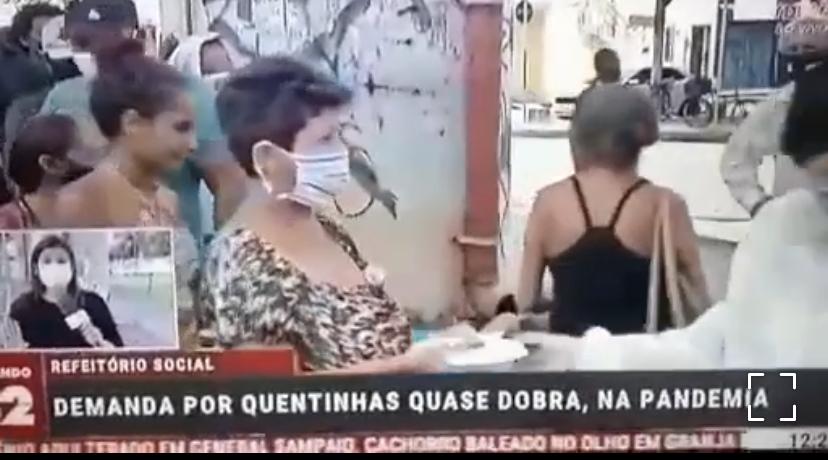 Lockdown no Ceará causa aglomeração nas filas por almoço gratuito