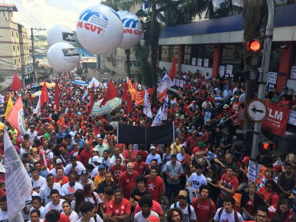 China faz investimento milionário em sindicatos brasileiros