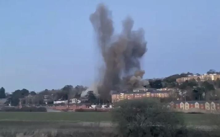 Bomba da Segunda Guerra é detonada perto de universidade e obriga quase 3 mil pessoas deixarem suas casas