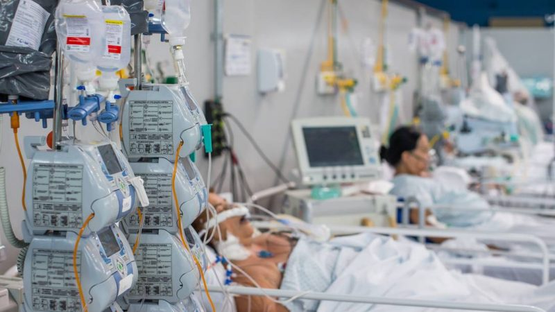 Medida do Governo Bolsonaro agiliza distribuição de medicamentos do kit intubação para pacientes com Covid