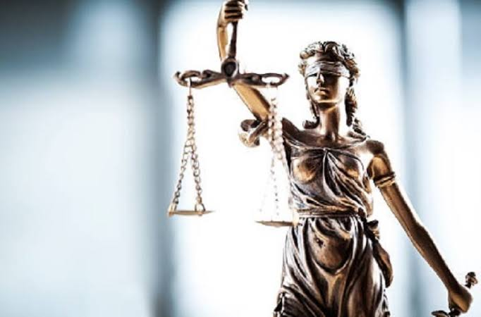 Menino de 7 anos é processado por estupro; advogado fala em 'absurdo'