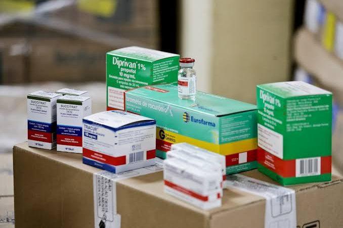 Anvisa simplifica regras para venda de medicamentos para intubação