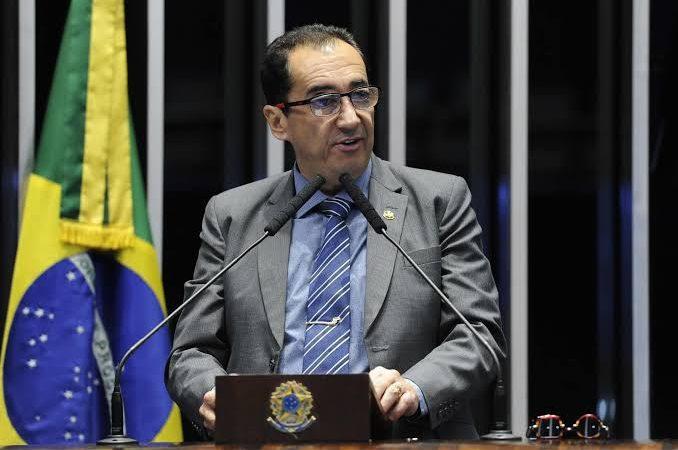 Confusão: senador diz que Alexandre de Moraes ligou para presidente do senado pedindo para não pautar impeachment dele, VEJA O VÍDEO