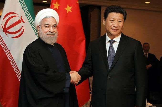 China e Irã assinam acordo para cooperação estratégica por 25 anos