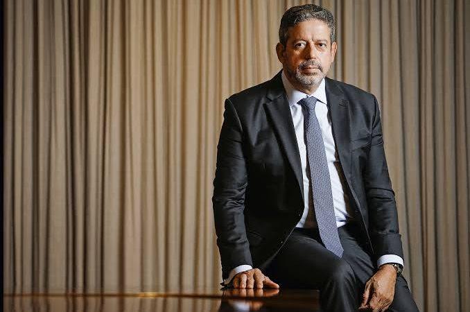"Arthur Lira dispara: ""CPI da Covid é perda de tempo"""