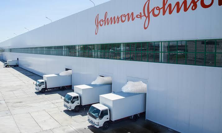 Johnson & Johnson: Problema em fábrica pode arruinar milhões de doses de vacina