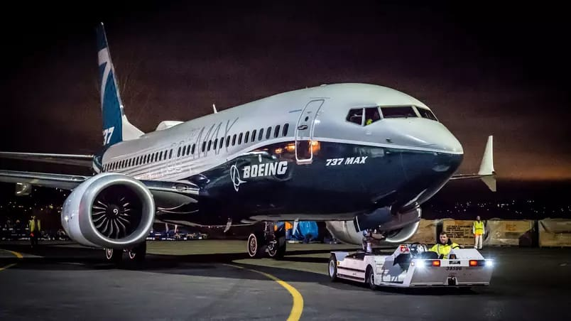 737 Max apresenta novos problemas e Boeing anuncia nova paralisação