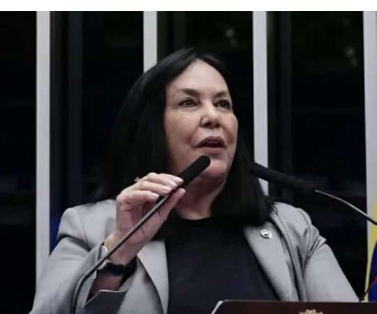 Puxa-encolhe: Senadora do MDB assinou CPI da Covid, retirou apoio e recuou da retirada