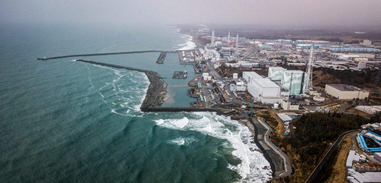 Japão planeja despejar água contaminada de Fukushima no mar