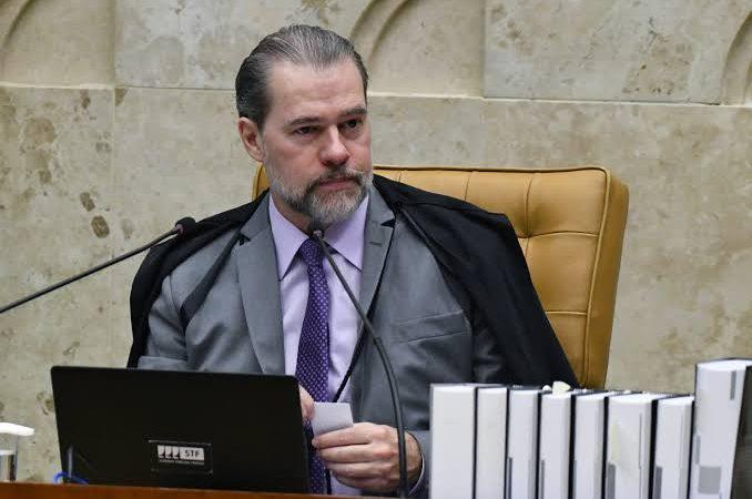4 x 2 – Toffoli vota contra proibição de cultos e missas na pandemia