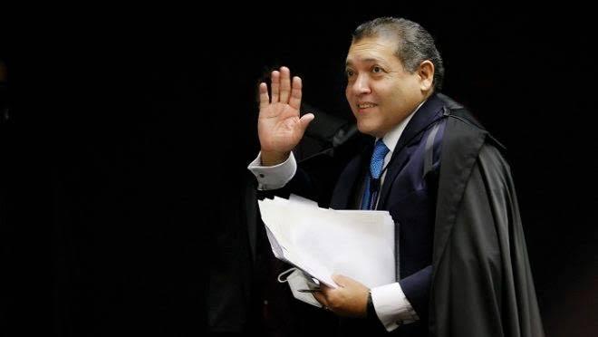 URGENTE – Ministro Nunes Marques atende a ação de evangélicos e libera celebrações religiosas presenciais