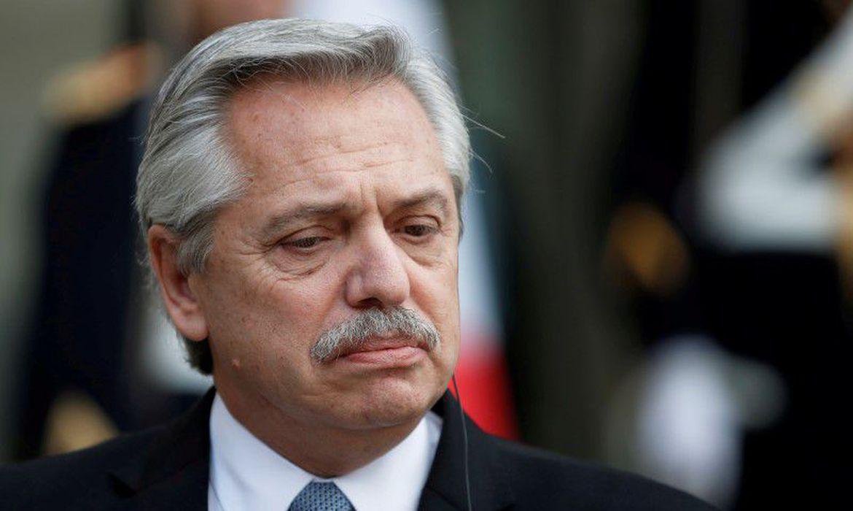 Desastroso: Uma mistura de Sarney com Dilma, presidente da Argentina leva o país ao colapso e congela preços