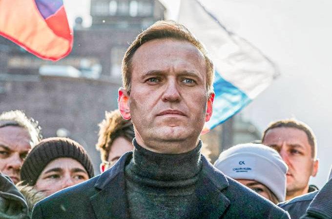 URGENTE: Médico que tratou maior opositor de Putin desaparece na Rússia