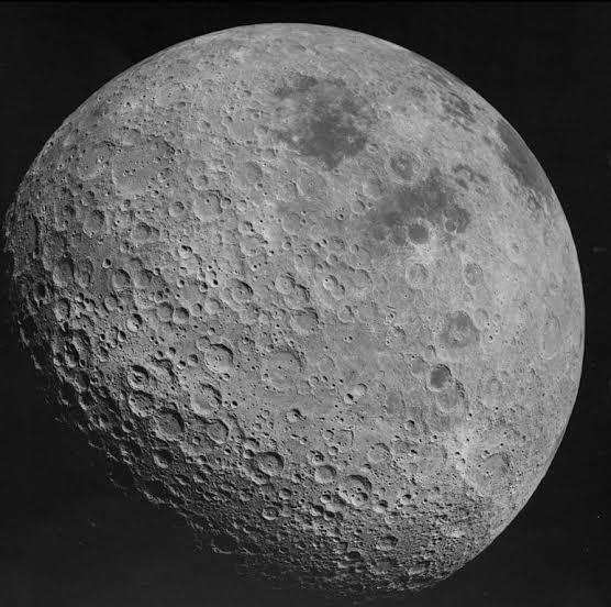 Militantes dizem que há machismo na lua e criticam número de crateras com nomes de mulheres